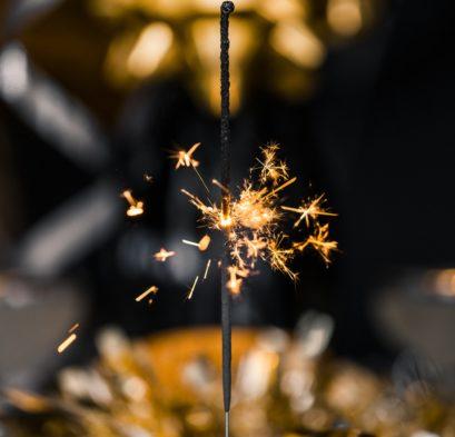 sparkler candle_Nicole De Khors
